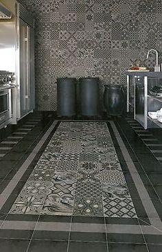 Dekor-Bodenfliesen-20-x-20cm-Mosaik-Muster-Fliesen-fuer-Wand-Boden-Castelo                                                                                                                                                      Mehr
