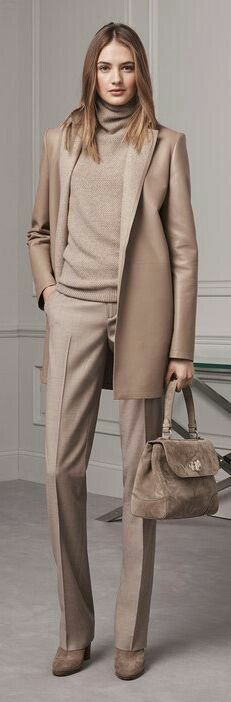 Новости  This is a gorgeous outfit. I would change the color to camel to suit my coloring.