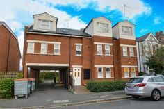 2 Bed Flat For Sale, Finches House, Lankaster Gardens, East Finchley, London N2, with price £400,000 Offers over. #Flat #Sale #Finches #House #Lankaster #Gardens #East #Finchley #London