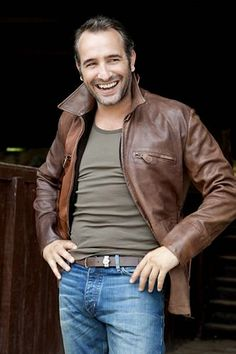 Jean Dujardin wears  (Jacket )