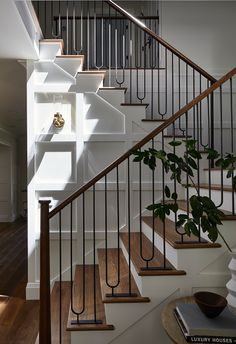 Staircase Design Modern, Staircase Railing Design, Modern Railing, Home Stairs Design, Staircase Makeover, Railings, Stair Renovation, Portland House, Small Toilet Room