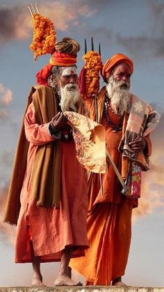 The Patriarchs by Laurent Goldstein - Sadhus walking along the Ganges in Varanasi, India. Such a beautiful Photo of these Sadhus! We Are The World, People Around The World, Wonders Of The World, Around The Worlds, Cultures Du Monde, World Cultures, Beautiful World, Beautiful People, House Beautiful