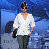 Fotos de Pasarela | Ion Fiz, Mercedes-Benz Fashion Week Madrid, otoño/invierno 2012/2013, pret-a-porter Otoño Invierno 2012/2013 Mercedes-Benz Fashion Week Madrid | 13 de 31