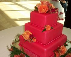 Tort de nunta rosu si portocaliu patrat #square #red #orange #wedding #cake
