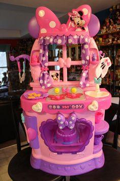 Minnie Mouse Sweet Surprise Kitchen: Minnie Mouse Sweet Surprises Kitchen