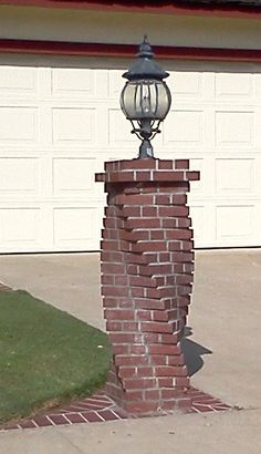 I love the spinning brick work. I've seen this done on chimneys as well. Home Building Design, Building A House, House Design, Brick Mailbox, Cool Things To Build, Brick Planter, Brick Cladding, Brick Columns, Painted Brick Walls