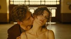 Films of Fashion - #Chanel No.5 Fragrance Campaign featuring #Audrey_Tautou Director: Jean-Pierre Jeunet Model: Audrey Tautou, Travis Davenport Gender: Womenswear Music: I'm a Fool to Want You by Billie Holiday Season: 2009 Spring/Summer