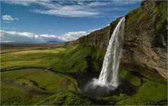 Les plus belles cascades du Monde - Chutes de Seljalandsfoss - Iceland
