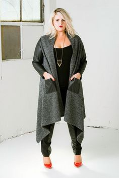 minimal layers plus size fashion - For inbetweenie and plus size fashion inspo go to www.dressingup.co.nz