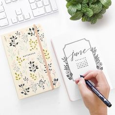 Archer and Olive Dot Grid Notebooks + the MONO Drawing Pen from Tombow! Bullet Journal Month Cover, Bullet Journal Mood, Bullet Journal Junkies, Bullet Journal Spread, Bullet Journal Layout, Bullet Journal Inspiration, Bullet Journals, Planners, Dot Grid Notebook