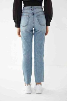 Denim Pants Outfit, Black Jeans Outfit, Jeans Dress, Shorts, Ripped Jeggings, Ripped Skinny Jeans, Beach Outfit For Women, Cute Jeans, Jean Outfits