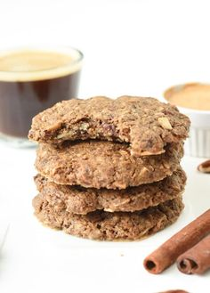 The keto breakfast cookies are the best egg-free Keto Breakfast to fix all your keto oatmeal cookie cravings and only 3.4g net carb per serve