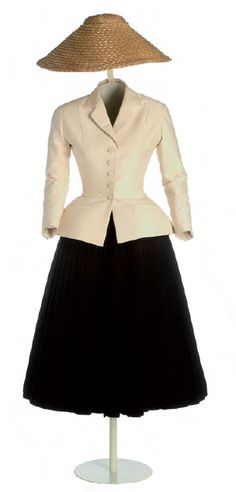 Christian Dior new_look 1947