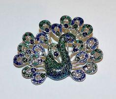 2042~Vintage Silvertone Green Blue Glitter Enamel Figural Peacock Brooch Pin**