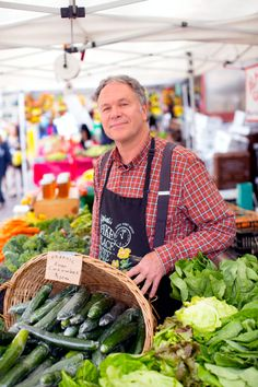 Meet the producer and learn all about the different varieties of veggies from our farmers.