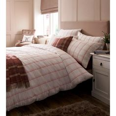 Jigsaw Padstow Coral Duvet Cover & Pillowcase