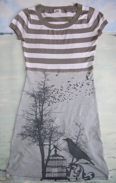 RickRackUpcycled: Teeshirts Make a Tee Dress