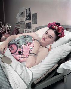 Juan Guzman - Frida Kahlo en el Hospital Inglés, Ciudad de México, 1950