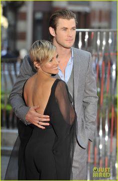 "Celeb Diary: Chris Hemsworth & Elsa Pataky la premiera filmului ""Rush"" in Londra"