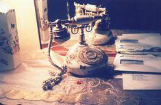 Teléfono estilo vintage con filtro fotográfico de luz.
