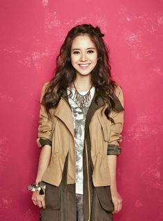 """Punk Girl"" is YESSE's Fall 2013 Campaign title, and Song Ji Hyo makes a bold fashion statement for the brand's catalogue, combining prints with vibrant solids. Running Man Korean, Ji Hyo Running Man, Korean Actresses, Korean Actors, Actors & Actresses, Korean Dramas, Korean Women, Korean Girl, Running Man Members"