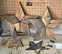 Patchwork Stars - Easy DIY from Rockwell Tools Woodworking Furniture Plans, Woodworking Projects That Sell, Woodworking Crafts, Rockwell Tools, Reclaimed Wood Art, Diy Wood, Rustic Wood, Woodworking Organization, Wood Stars