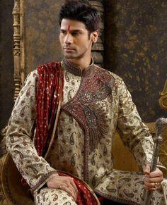 Wedding Sherwani Make the groom look smart and elegant on his special day. Wedding Men, Wedding Suits, Wedding Styles, Wedding Dresses, Dream Wedding, La Bayadere, Wedding Sherwani, Groom Looks, Indian Groom