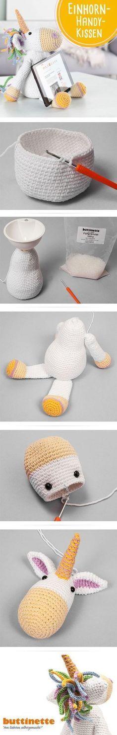 Unser Einhorn ist nicht nur süß, sondern hält auch euer Tablet oder Smartphone - wie Ihr es selber häkelt, zeigen wir euch im Blog! #Einhorn #Unicorn #Häkeln #Crochet #free #Tutorial #kostenlose #Anleitung #Tablethalter #Handyhalter