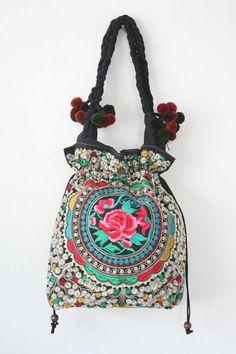 A unique tote bag handmade by HMONG Hill Tribes in Northern Thailand. #ethniclanna #handbags #handmade #totebag #handbag