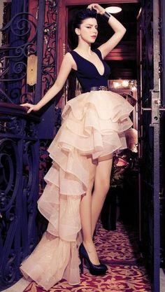 Merve Boluğur Sagaza Madrid çekimleri  , sagaza madrid in Dresses