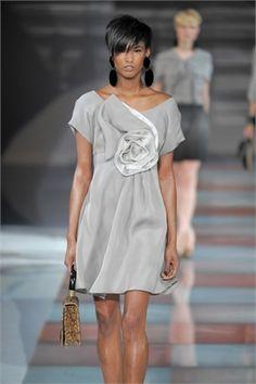 Black on the catwalk - Vogue.it