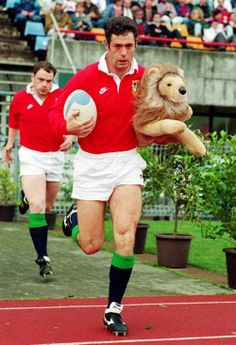 Gavin Hastings and Kenny Milne. Scottish Rugby, British And Irish Lions, International Rugby, Rugby Men, Rugby Players, Sports Stars, Scotland, Legends, Vintage Sport
