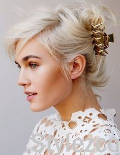 hair styles how to 20 Claw Clip Hairstyles for Any Hair Length 20 Claw Clip Hairstyles for Any Hair Length Shaved Side Hairstyles, Twist Hairstyles, Short Hairstyles For Women, Fashion Hairstyles, Banana Clip Hairstyles, Long Haircuts, Hairstyles 2016, French Twist Hair, Hair Trends