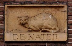 Gevelsteen DE KATER    Singel 266, Amsterdam