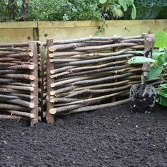 These tough and durable Hazel Borders are the ideal way to create that traditional English garden look; simply introduce the hazel hurdle edging around your raised beds or borders and create a sheltered environment at the same time!  Hazel borders ideal for a thoroughly British raised bed for your garden.