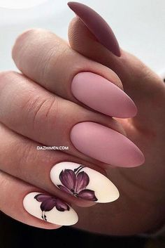 But today we want to recommend almond shaped nails for you The almondshaped nails are slightly slender on both sides and the bottom is also wide It looks like a real almond Almond nails are a beautiful shape, and there is definitely a lot of room - # Spring Nail Art, Spring Nails, Summer Nails, Cute Acrylic Nails, Cute Nails, Pretty Nails, Perfect Nails, Gorgeous Nails, Almond Shape Nails