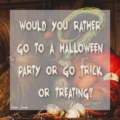 31 Halloween Engagement Posts for Direct Sellers Halloween Books, Halloween Themes, Fall Halloween, Halloween Party, Halloween Costumes, Facebook Engagement Posts, Social Media Engagement, Facebook Party