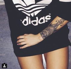 What a cool tattoo des… Sleeve tattoos: Henna Styled Forearm Tattoo.What a cool tattoo des…,Tattoo Sleeve tattoos: Henna Styled Forearm Tattoo.What a cool tattoo des… Henna Style Tattoos, Tattoo Henna, Trendy Tattoos, New Tattoos, Body Art Tattoos, Hand Tattoos, Sleeve Tattoos, Tatoos, Lace Tattoo