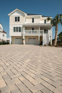 Eagle Bay pavers are ideal for driveways because the flexibility of our paver systems is able to displace heavy loads. 🚗🚛🚲