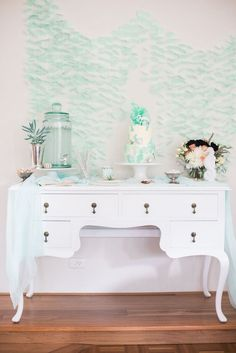 Sweetly swoon with me over this Majestic Under the Sea Birthday Party featured here at Kara's Party Ideas. Under The Sea Theme, Under The Sea Party, Kids Birthday Themes, Third Birthday, Baby Birthday, Blog Bebe, Geek Party, Party Queen, Partys