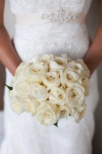 perfect bouquet. matches my old prom corsage which would be adorable.