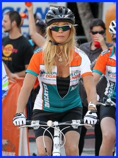 Goldie Hawn Rides for the Dolphins Cycling Challenge in Miami
