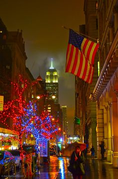 A rainy evening in New York City. Chelsea, Fifth Avenue.