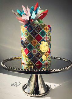 Boho Jewel Cake by Dozycakes Background vector created by Visnezh – Freepik.com