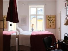 Historiska hem Scandinavian Interior, New Homes, Bedroom, Furniture, Home Decor, Decoration Home, Room Decor, Bedrooms, Home Furnishings
