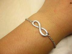 Silver Infinite bracelet Fashion Jewelry antiques