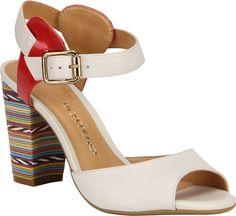 #Sandália com salto colorido