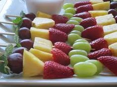 Fruit Kabobs!    Change them up for different holidays....red/white/blue for the 4th of July, reds/greens for Christmas,  orange/greens for Hallowwen...so much fun!  #WOLO        #healthyfood www.facebook.com/weightofflifeon