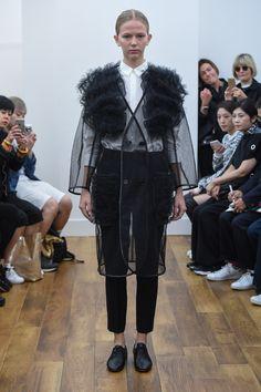 Noir Kei Ninomiya Spring 2016 Ready-to-Wear Fashion Show