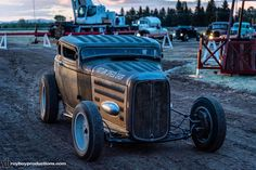 The night drags on Friday of the @hotroddirtdrags was awesome!